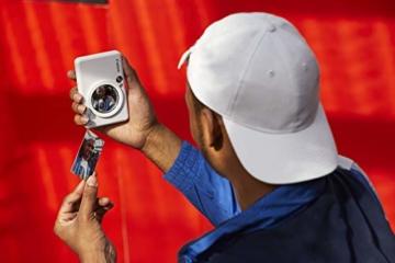 Canon Zoemini S digitale 8 MP Sofortbildkamera und Mini-Fotodrucker (Sucher, Ringblitz/ LED-Blitz, Micro-SD Kartenslot, Canon Mini Print App, ZINK-Druck tintenfrei), pearl white - 2